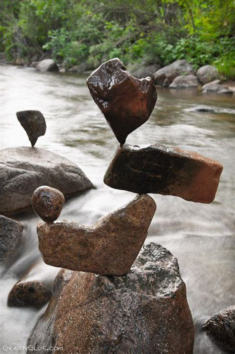 PIETRE IN EQUILIBRIO (stone balance) | Settemuse