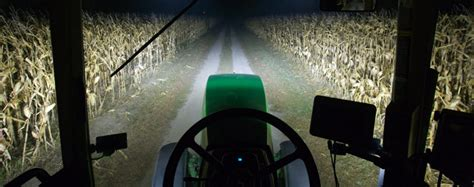 10 Night Farming Photos that Show Production Doesn't Stop