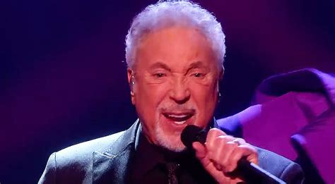 """Tom Jones Gets To Sing """"Come Together"""" On 'The Voice' And"""