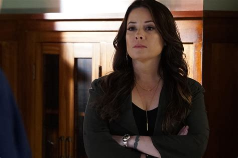 Holly Marie Combs Slams Charmed Reboot - Today's News: Our